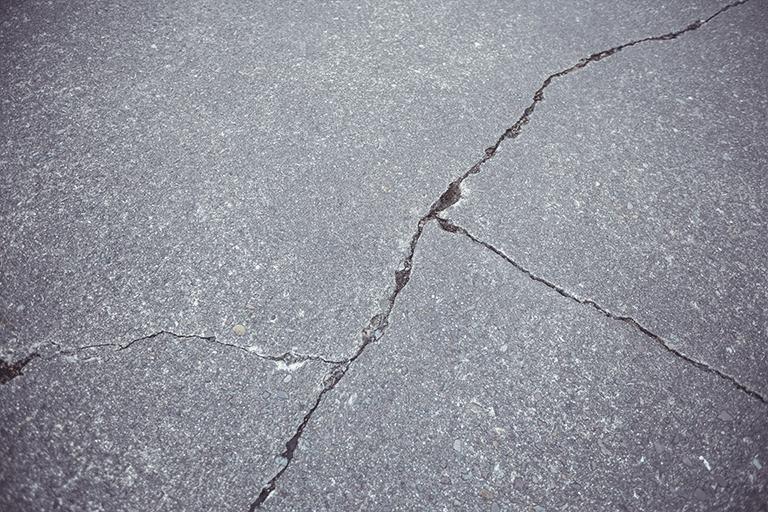 Cracked Tiles - GIB Tiling Perth